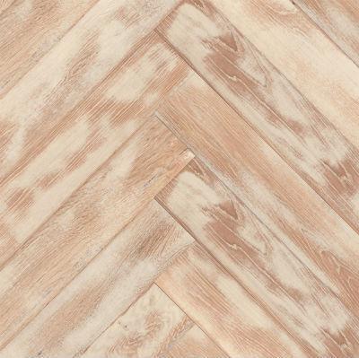 Hotová dřevěná podlaha z tvrdého dřeva