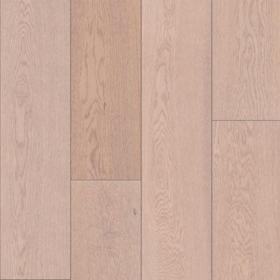 Podlahou z tvrdého dřeva